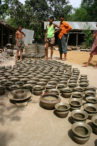 Pottery makers